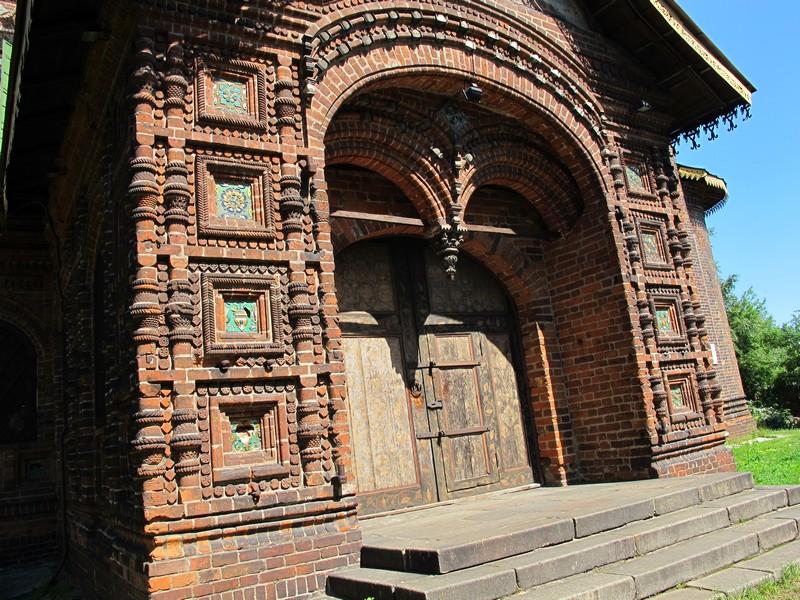 Толгский монастырь, Храм Иоанна Предтечи в Толчково, Карабиха