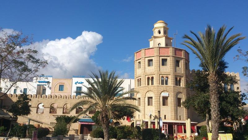Золотая башня в медине Хаммамета