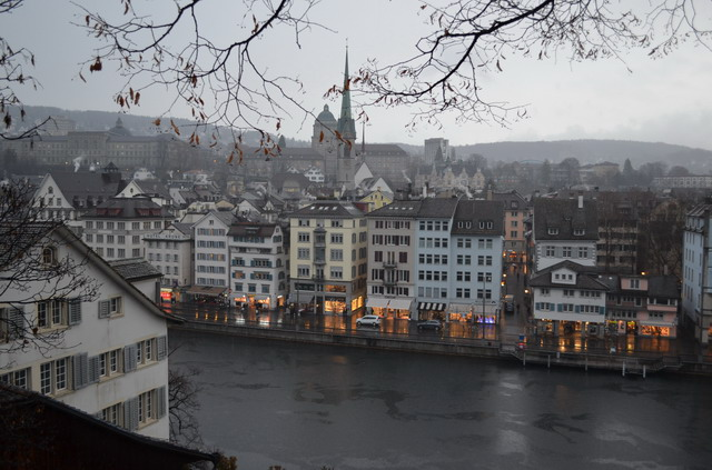 Цюрих. Вид на город с Линденхоф