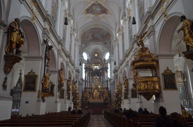 Мюнхен. Собор святого Петра