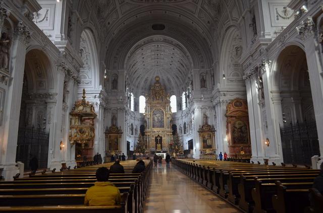 Мюнхен, церковь Св Михаила