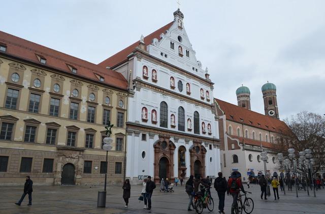Мюнхен. Церковь святого Михаила