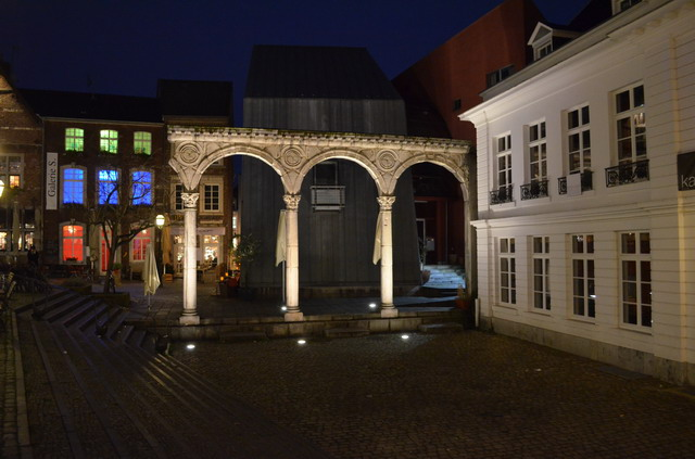 Ахен. Римский портик