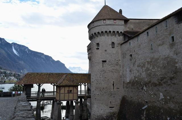 Шильонский замок. Женевское озеро