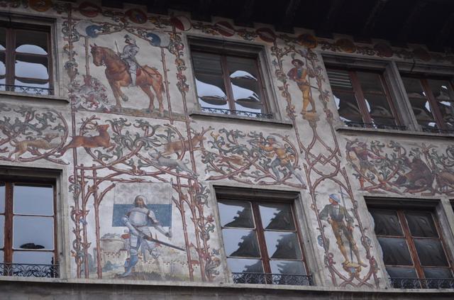 Люцерн. Росписи на стенах
