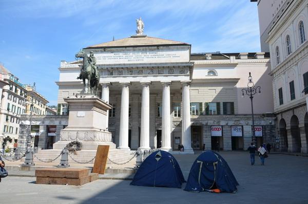 Генуя. оперным театром Карло Феличе