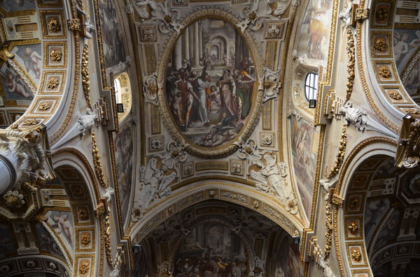 Генуя. В церкви Сан-Маттео
