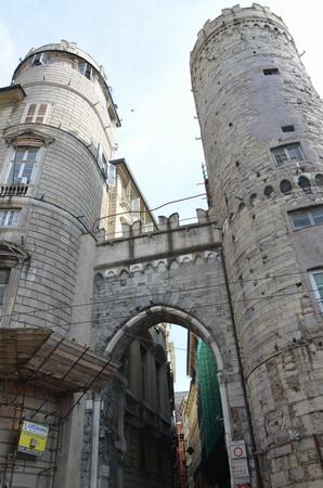 Генуя. Средневековые ворота Вакка