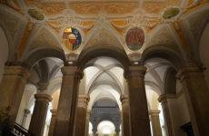 Дворцы Генуи, улица Гарибальди. Палацци деи ролли.