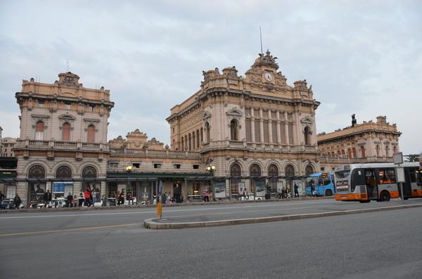 Генуя. Вокзал Бриньоле