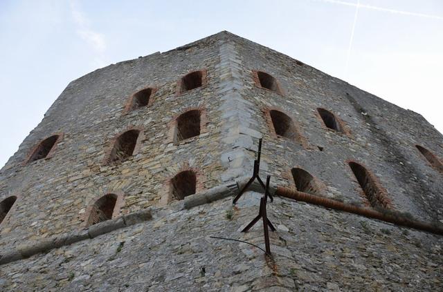 Генуя городской парк стены