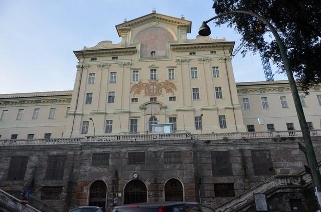 дворец Эммануеля Бриньоле