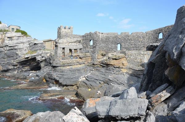Портовенере, вид на замок Дориа