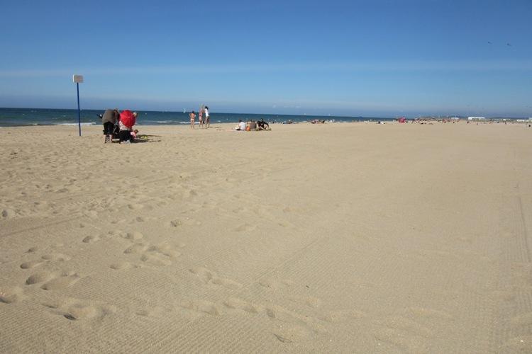 Перламутровый берег пляж
