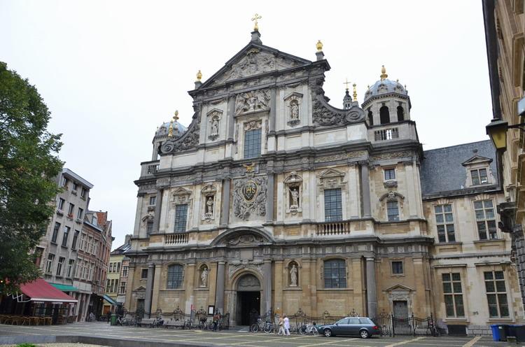 Церковь Карла Борромео  в Антверпене