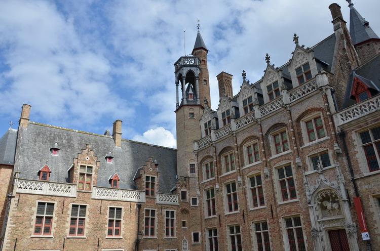 Брюгге ратуша