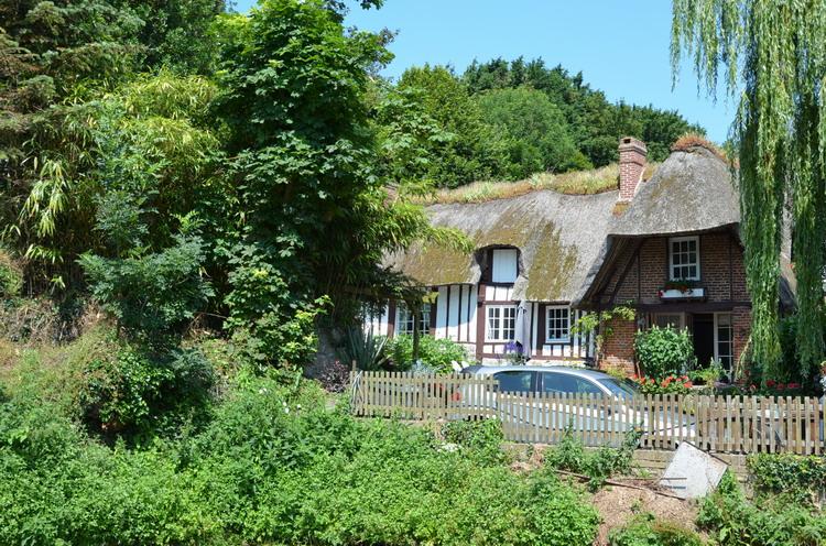 Вёль-ле-Роз, Дом с камышовой крышей