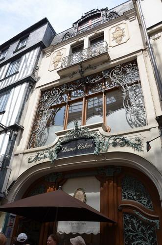Улица Сен-Ромен венская кофейня