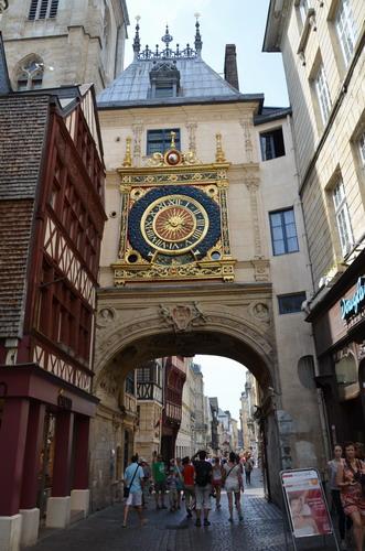 Большие Часы в Руане