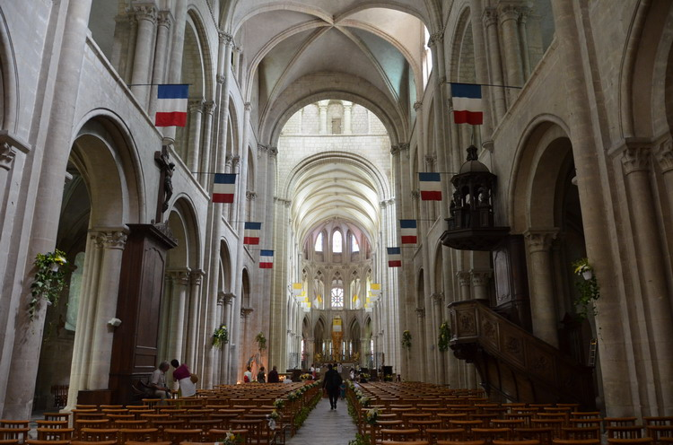 Кан церковь Сент-Этьенн