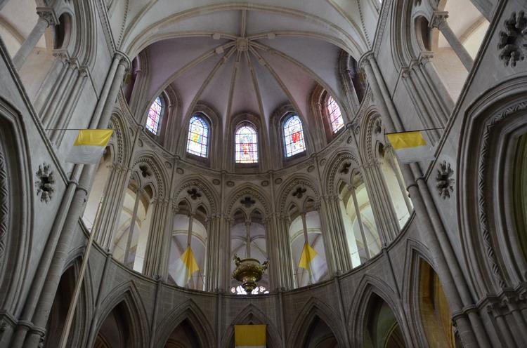Кан церковь Сент-Этьенн, апсида