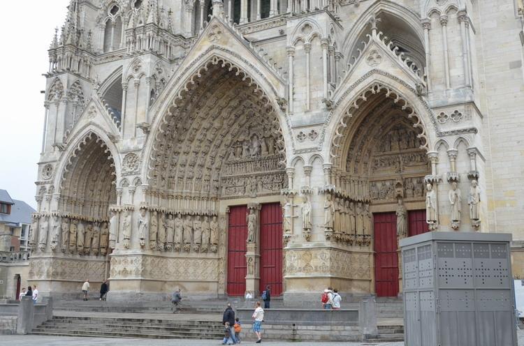 Амьенский собор, порталы