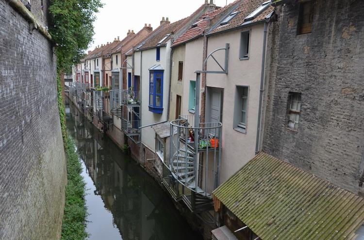 Каналы в Амьене