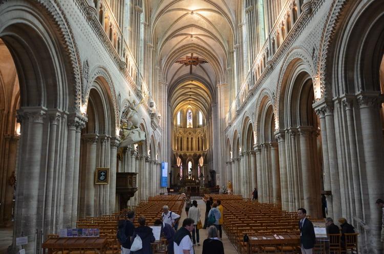 кафедральный собор Нотр-Дам в байе