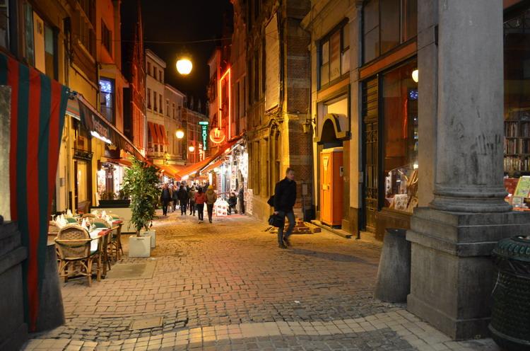 Брюссель вечером