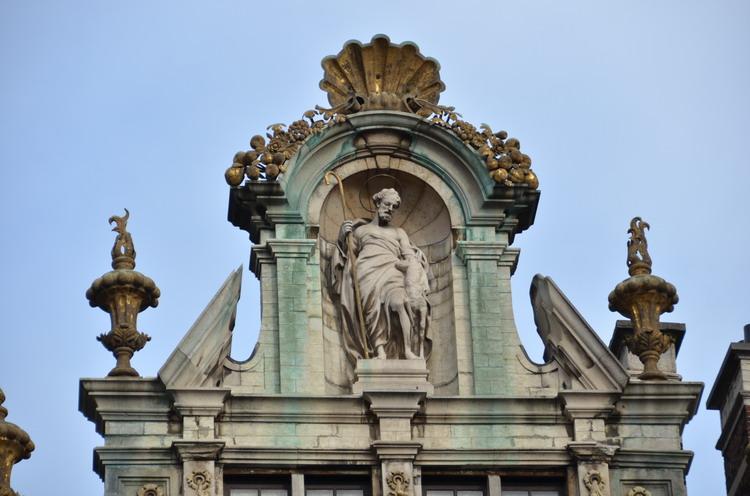 Один день в брюсселе церкви дворцы и