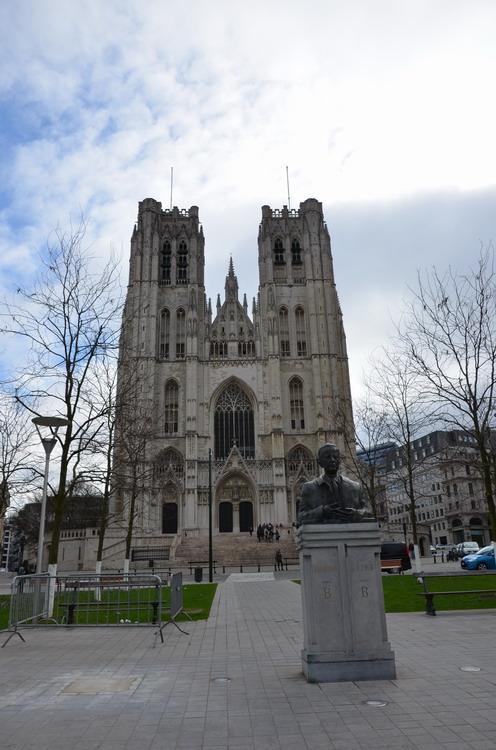 Брюссель, Кафедральный собор св. Михаила и Гудулы