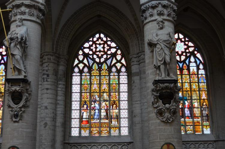 Брюссель,Кафедральный собор св. Михаила и Гудулы