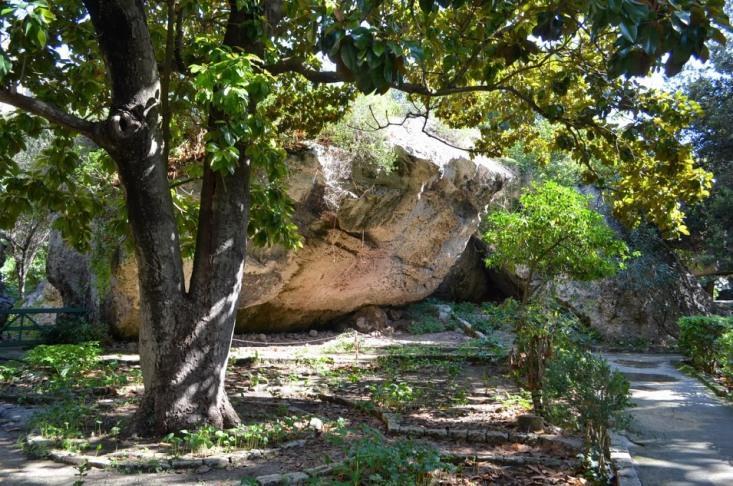 Сиракузы. Каменоломни