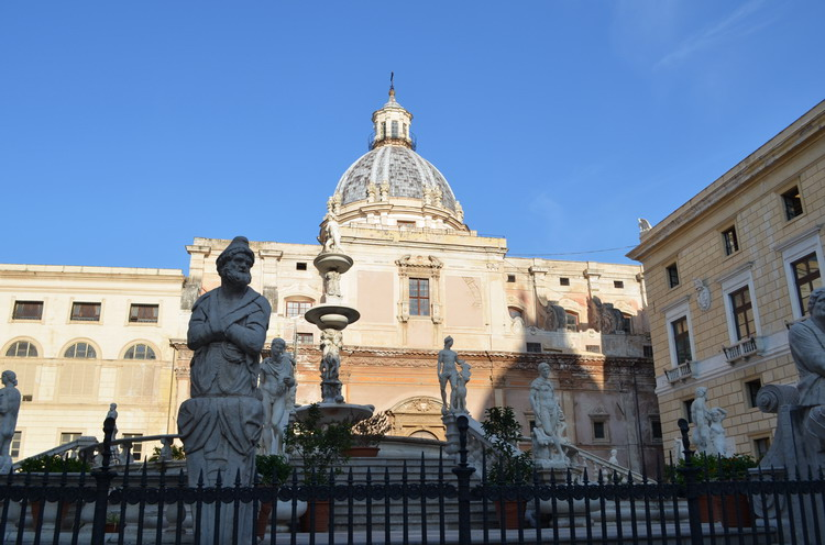 Палермо фонтан Претория