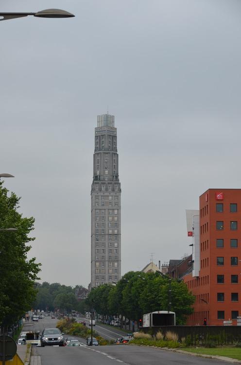 Амьен башня Перре