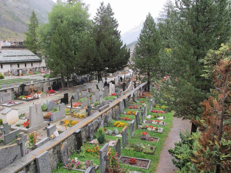 Церматт кладбище альпинистов