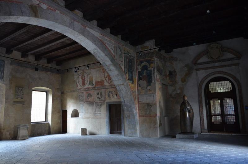 Бергамо, епископский дворец