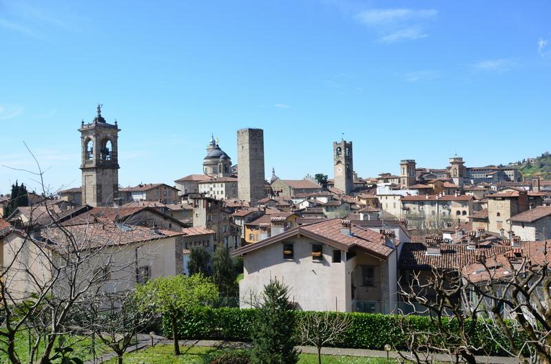 Вид на Верхний город от крепости