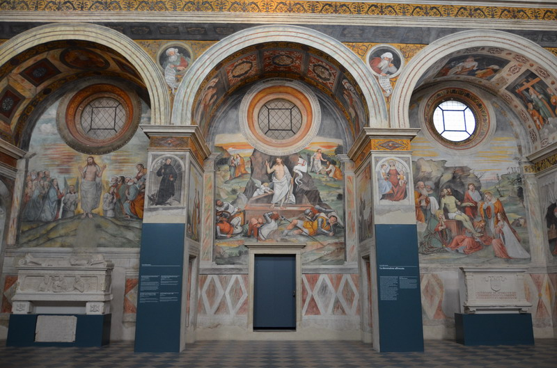 Брешиа, Хоры с фресками