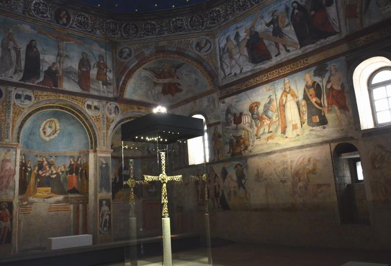 Брешиа крест Дезидерия