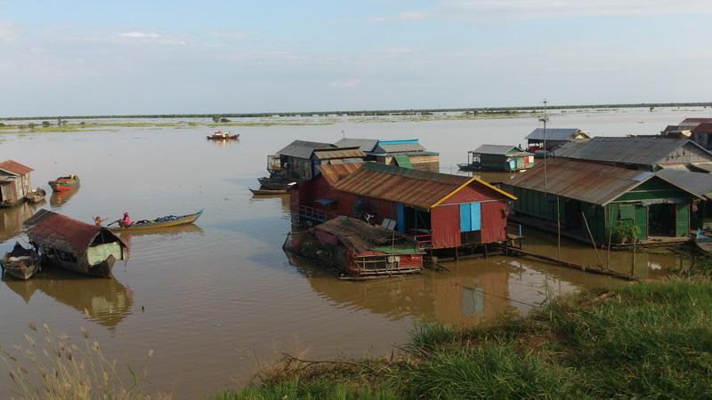 озеро Тонлесап, плавучая деревня