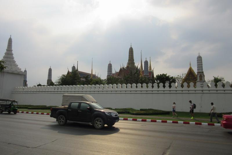 храм изумрудного будды и королевский дворец