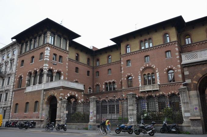 Милан. Замок Гонзага ди Весковадо