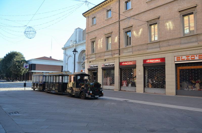 Римини, туристический паровозик