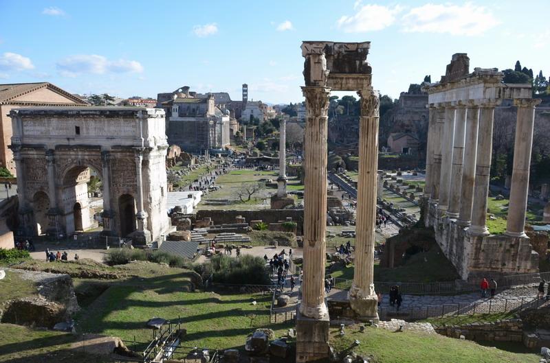 Вид на римский форум из Дворца Сенаторов