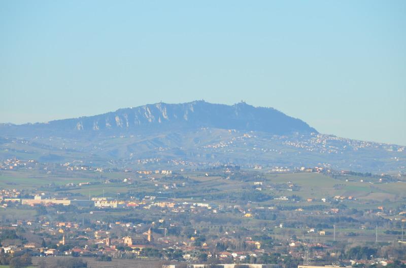 Гора Титано и три башни Сан-Марино