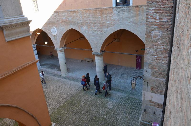 Градара, замок, внутренний двор