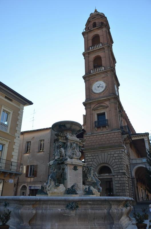Фаэнца, Часовая башня