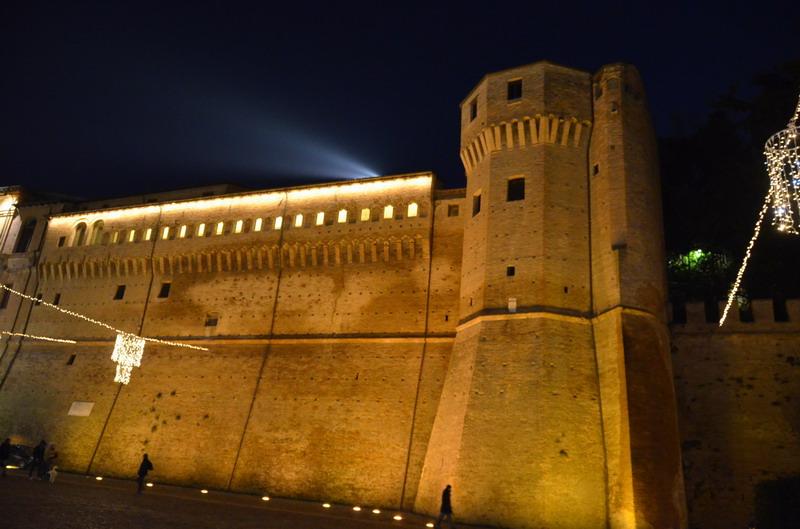 Чезена, крепостная стена