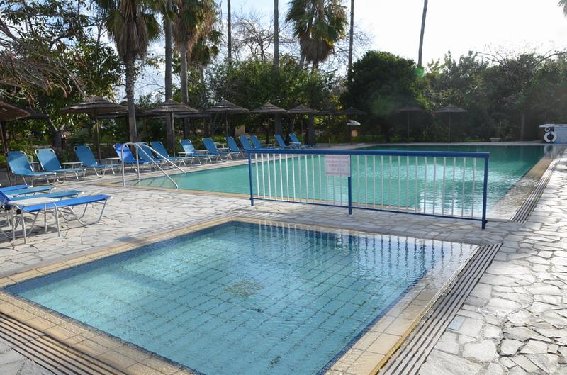 Отель Вероника, открытый бассейн